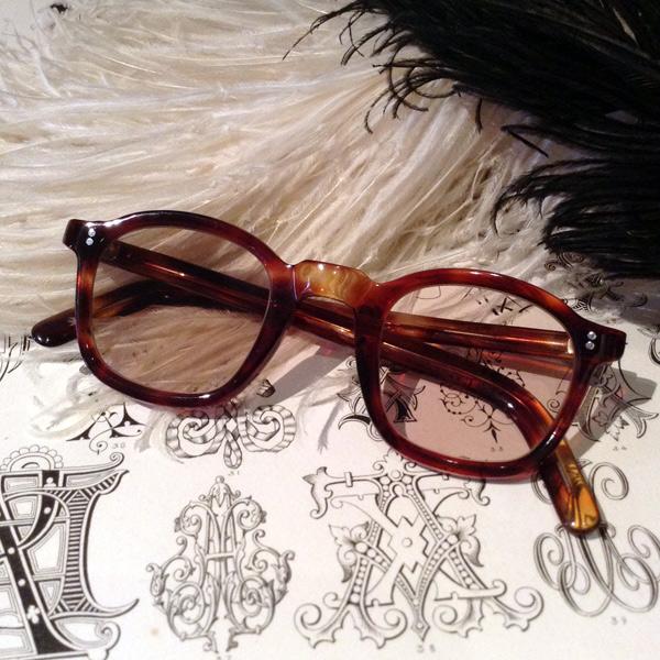 50's FRANCE Parisian Frame(パリジャン メガネフレーム)Tortoise べっ甲デミカラー鼈甲べっこうトートイズシェルビンテージビンテージパリウェリントンフレーム定番シェイプ眼鏡メガネめがねサングラスsunglassハンドメイドセルロイド