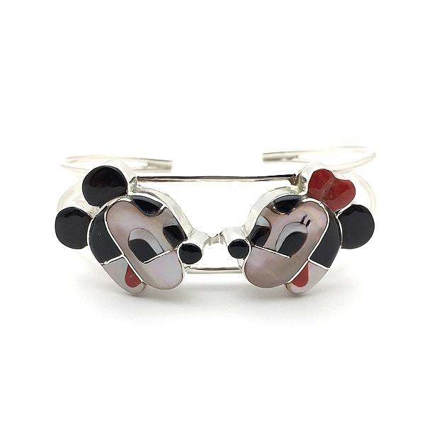 Paula Leekity Bangle Mickey Mouse and Minnie Mouse(ポーラ リーキティ バングル ミッキーマウス&ミニーマウス)腕輪ズニ族zuniインディアンジュエリーネイティブアメリカンインレイ技法シルバーシェル貝ヴィンテージジュエリー