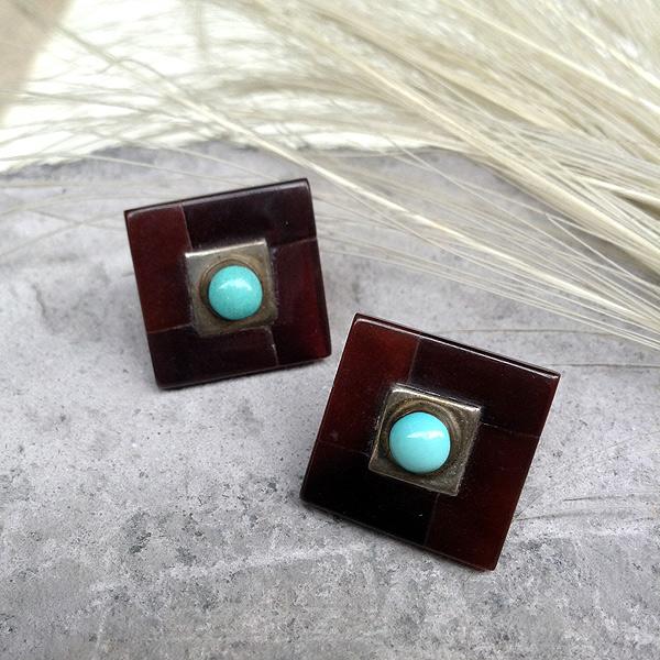 Square Jet Turquoise Pierced Earrings(スクエアジェット ターコイズ ピアス) ズニ族トルコ石イヤリングインディアンジュエリーネイティブアメリカンアンティークアクセサリーメンズindian jewelryターコイズブルー天然石レディース