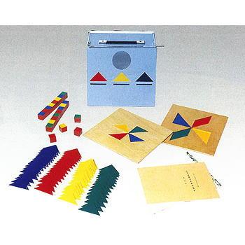 TAKEI 竹井機器工業 T.K.K.1316 幼児精神発達検査器セット
