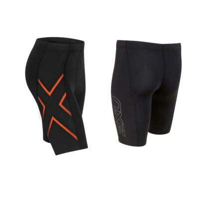 2XU ツー・タイムズ・ユー TR2 コンプレッション ショーツ パンツ MA3851B メンズ ブラック/オレンジ<在庫僅少>
