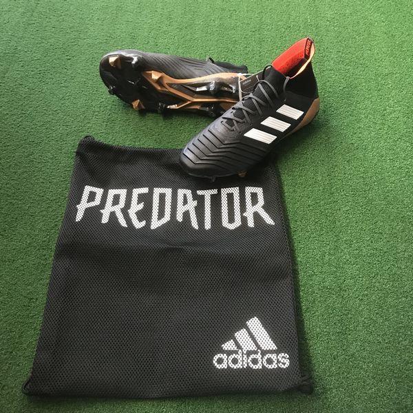 アディダス adidas プレデター18.1 FG/AG サッカースパイク 天然芝 人工芝対応 現品限り BB6354