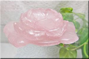 蓮の彫刻 置物 ローズクオーツNo.1