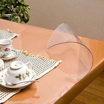 便利雑貨 日本製 透明抗菌テーブルマット(2mm厚) 表面抗菌加工・裏面非転写加工 約900×1200長 TK2-129