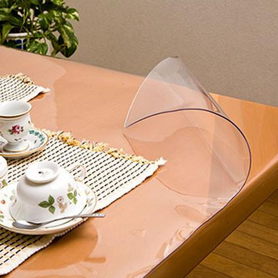 便利雑貨 日本製 透明抗菌テーブルマット(2mm厚) 表面抗菌加工・裏面非転写加工 約900×1650長 TK2-1659