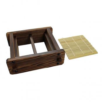 【単三電池 2本】おまけ付きそば道具 そばせいろです。お蕎麦や天ぷらなどの盛り付けに。 生産国:木部:日本 竹ス:中国 素材・材質:木 商品サイズ:外寸:145×145×60mm
