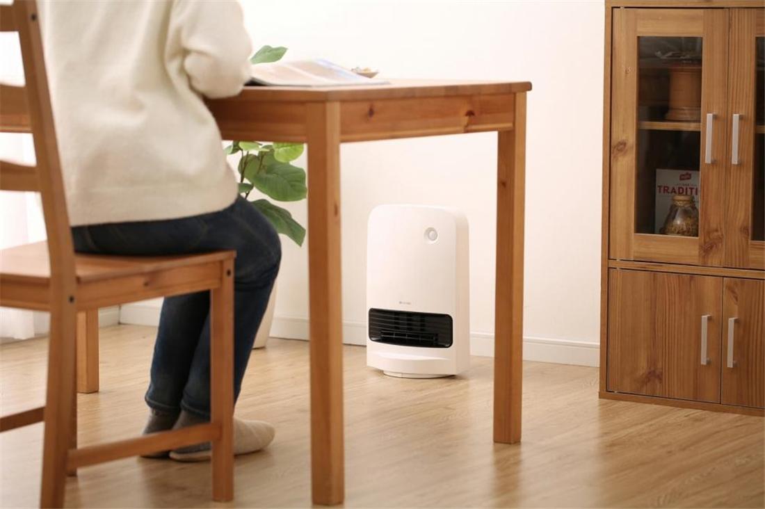便利 キッチン 浴室 リビング スポット暖房 大風量首ふりセラミックファンヒーター