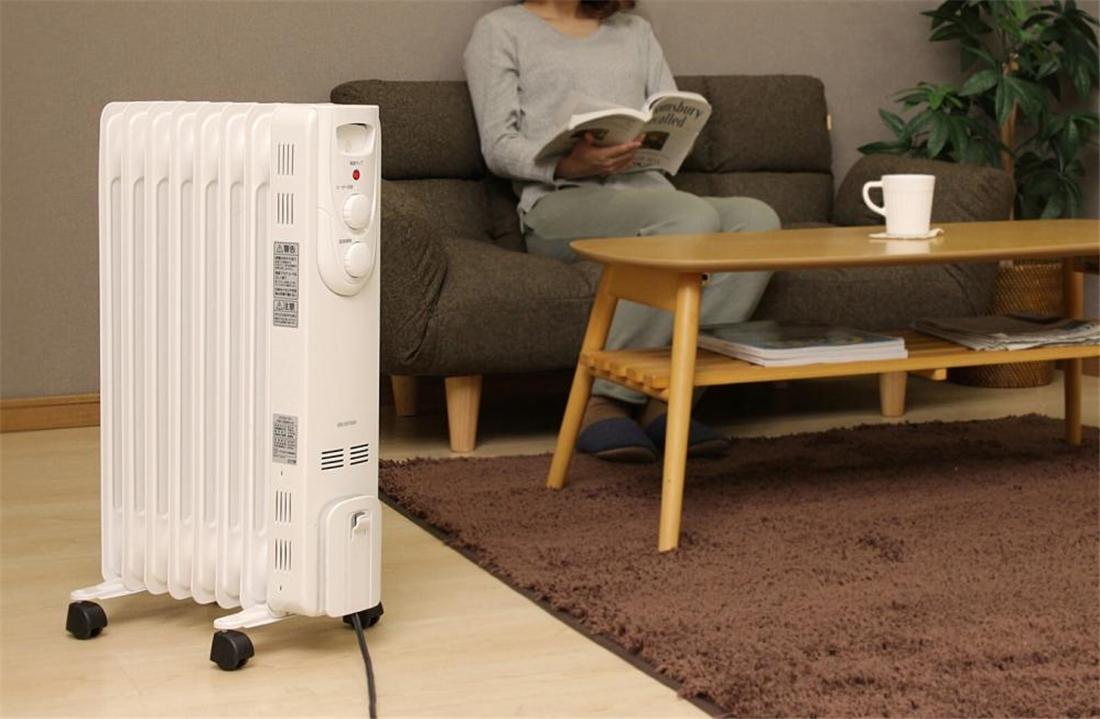 便利 暖房器具 温風や炎が出ない お子様やペットにも安全 オイルヒーター ストレートトフィン