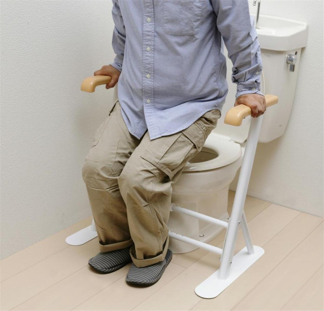 雑貨 便利 手すり 工事不要 簡単 設置 高齢者の足腰にかかる負担を軽くする トイレ用サポート手すり TRT-64A 介護用品