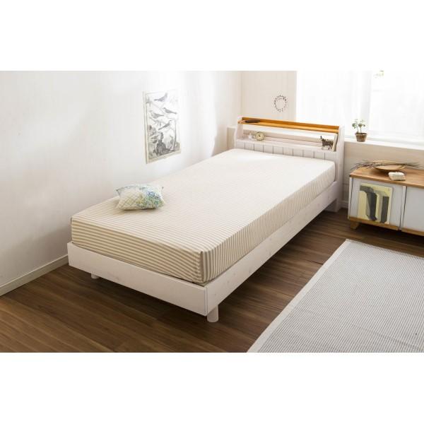 ベッド シングル カントリーテイストの、ベッド です。 インテリア カントリー調 すのこベッド シングル ホワイト