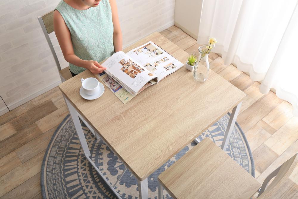 3点セット courage 幅70cmテーブル+チェア2脚おすすめ 送料無料 誕生日 便利雑貨 日用品