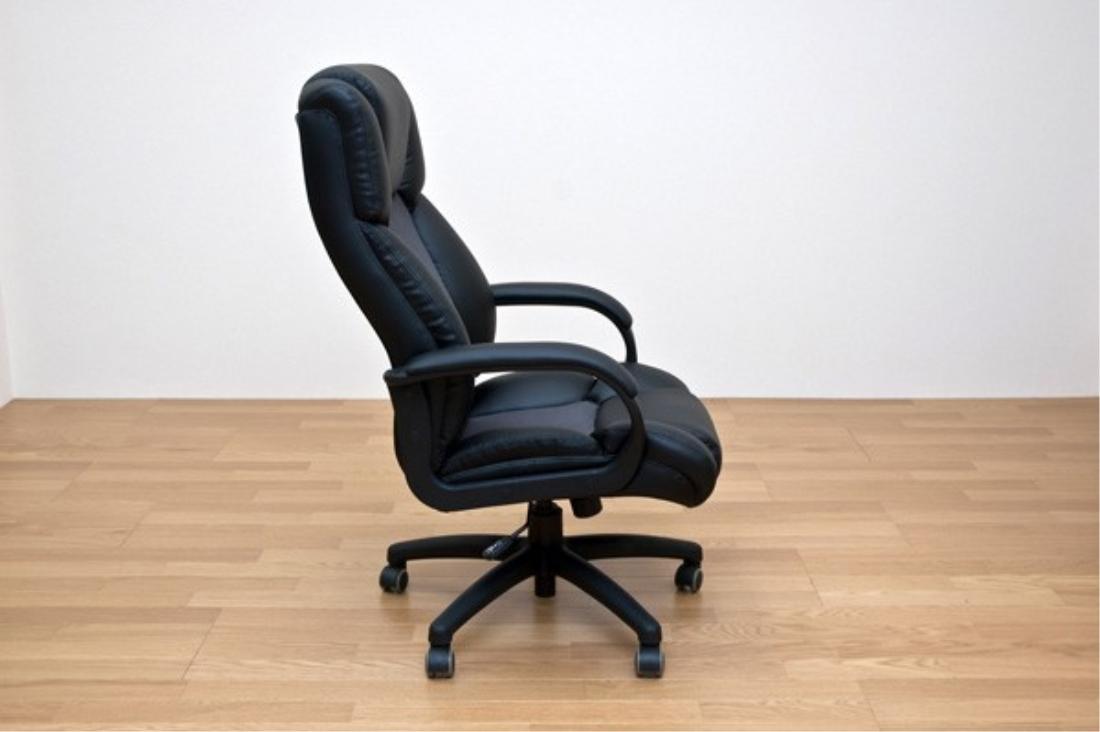 【送料無料】おしゃれ家具 チェアー 椅子 MOLLY プレジデントチェア【離島配送不可】