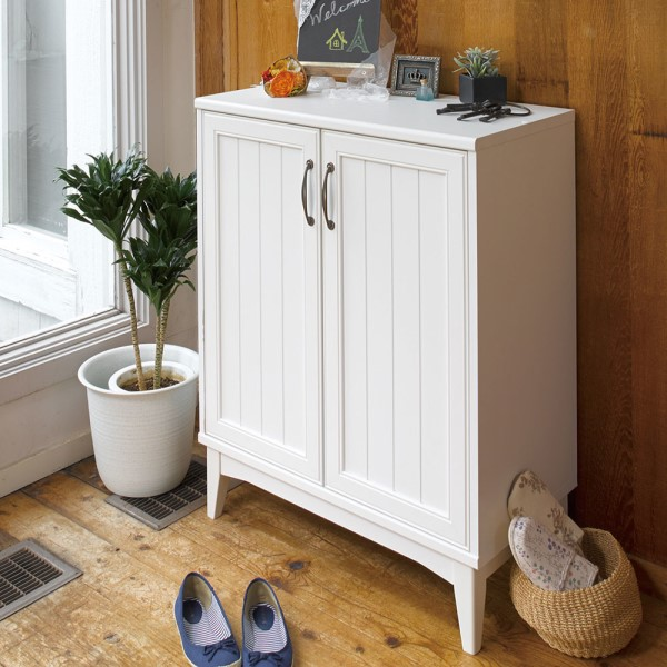 シューズ チェスト 玄関の収納 家具 移動 棚 は 外して ブーツ も 収納 できます 落ち着いた 色合い と 甘すぎない デザイン Retria シューズラック
