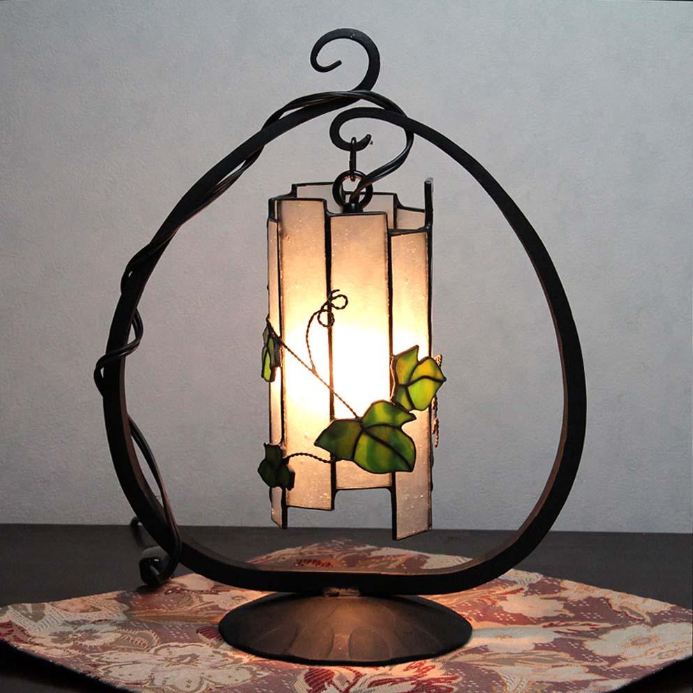 ステンドグラスランプ 蔦ランプ 和モダン 卓上 照明