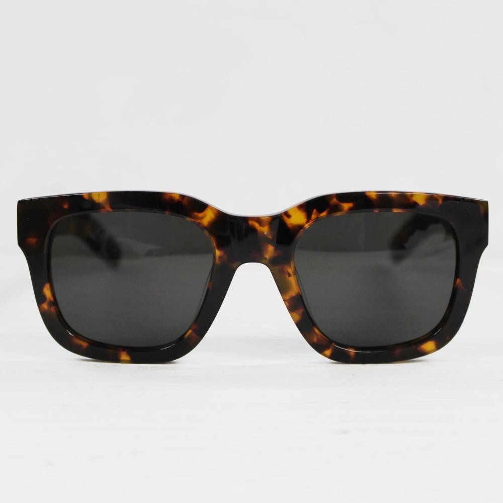 MONOKEL Eyewear SWEDENNEO HAVANASolid Grey Lens60~70年代眼鏡よりインスピレーションシンプルさと機能主義が売りのサングラス[モノケルアイウエア サングラス カールツァイスレンズ]