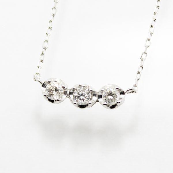 18金ホワイトゴールド0.2ctトリロジーラインダイヤモンドペンダント/ネックレス