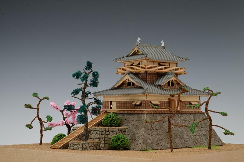 【送料無料】 ウッディジョー 木製建築模型 1/150 丸岡城