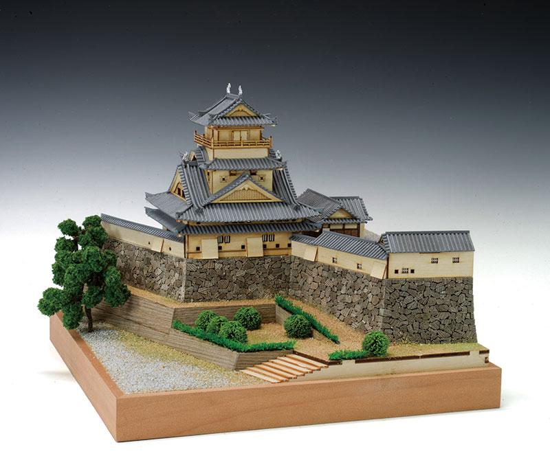 【送料無料】 ウッディジョー 木製建築模型 1/150 高知城