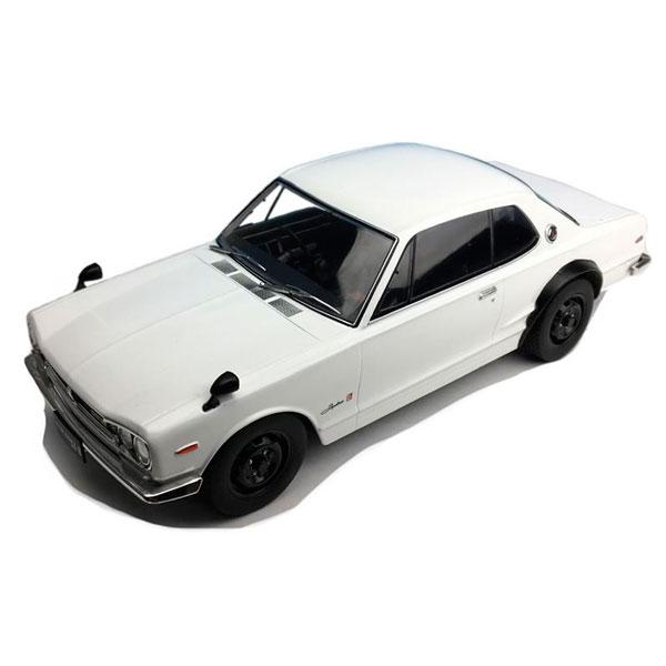 細部までこだわって作り上げられたモデルカー 期間限定 First18 ファースト18 日産 スカイライン 驚きの値段で GT-R 18スケール KPGC10 1 ホワイト F18002