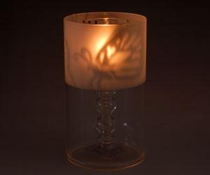 火を灯すと蝶の模様がぽぅっと浮かび上がる優しい光を放つキャンドルホルダーです フロストグラスキャンドルホルダー 25%OFF キャンペーンもお見逃しなく 蝶