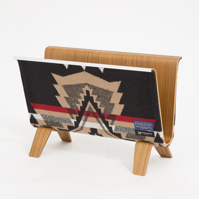 【PENDLETON x MADE BY SEVEN -REUSE-】PLYWOOD MAGAZINE RACK・OVER ALL 黒
