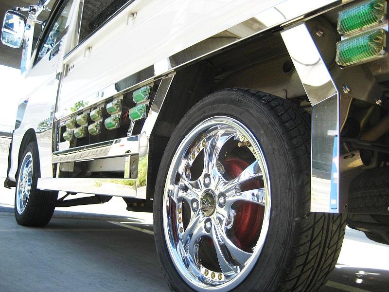 ダイハツハイゼット 軽トラ 200系 毎週更新 リアハウスフェンダー 500系 新作多数