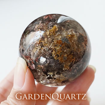 【一点もの】ガーデンクォーツ 丸玉 スフィア 天然石 パワーストーン ガーデンクォーツ 置物 インテリア ガーデンロッククリスタル 苔水晶 庭園水晶