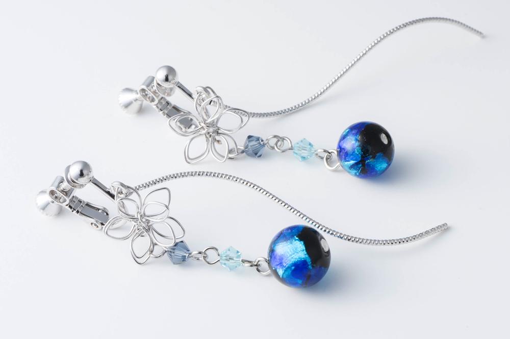 ピアス イヤリング ガラス ホタルビーズキュート立体フラワーデザインレディースイヤリング ホタルガラス 新色追加して再販 付与