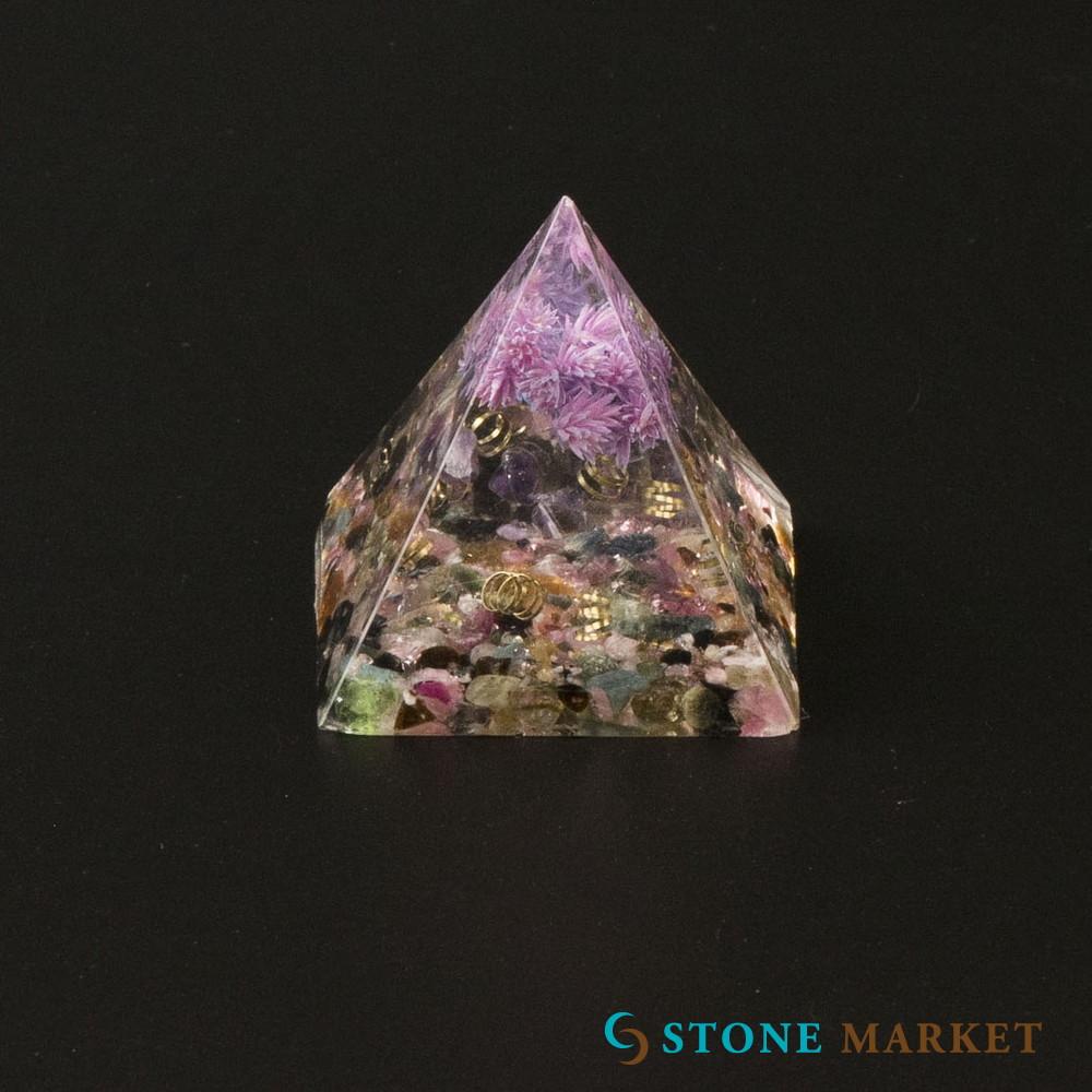 置物 今だけ限定15%OFFクーポン発行中 天然石 送料無料 トルマリン 天然石入りレジン置物 ピラミッド
