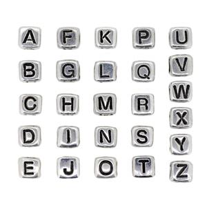こちらはO~Zまでのページです A~Nまでは別のページになります レタービーズ アルファベットビーズ 開店祝い 銀色に黒文字 7mmキューブ 驚きの価格が実現 1コ売り プラビーズ メタリックカラー