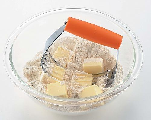 粉にバターを手早くきり混ぜる時に便利。 【2160円以上送料無料】タイガークラウン PHパイブレンダー 392