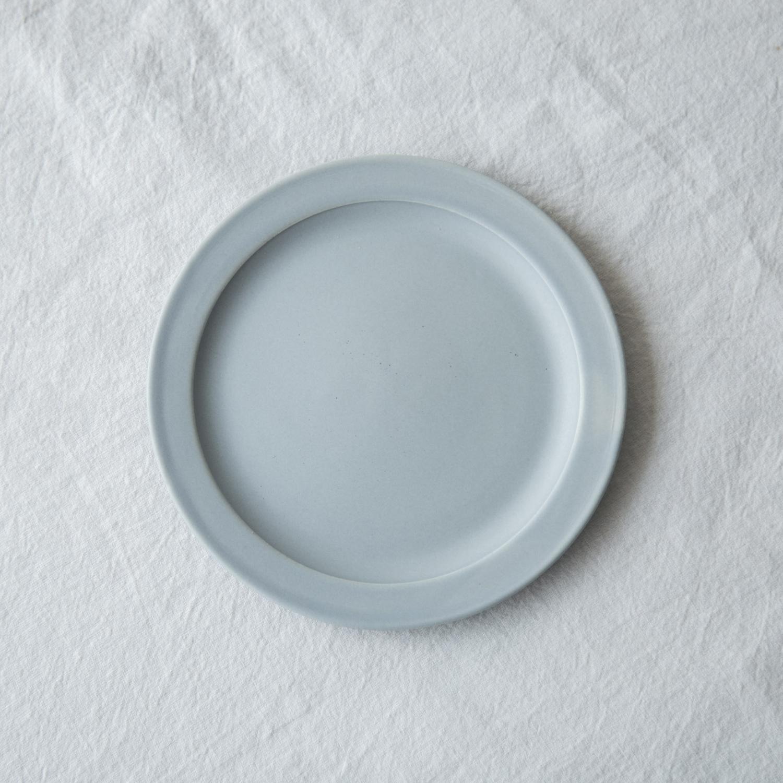 当店限定 今だけ限定15%OFFクーポン発行中 繊細なブルーグレーが料理を引き立てます SAKUZAN Sara [並行輸入品] ブルーグレー ソーサー