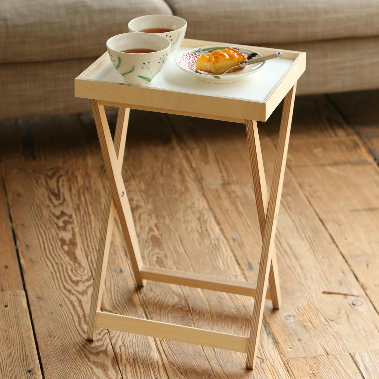 日本 使いたい場所に簡単設置 与え 身軽なトレイテーブル Eau ナチュラル×ホワイト AIXトレイテーブル