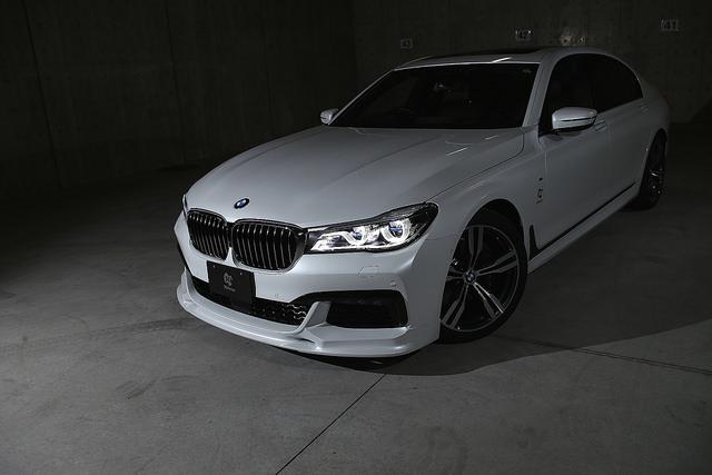 3D 设计前唇扰流板为 BMW M 运动型 G11/G12