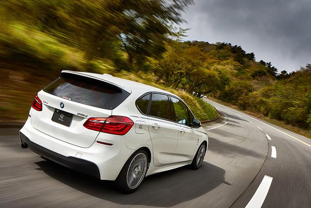 3D Designルーフスポイラーfor BMW F45