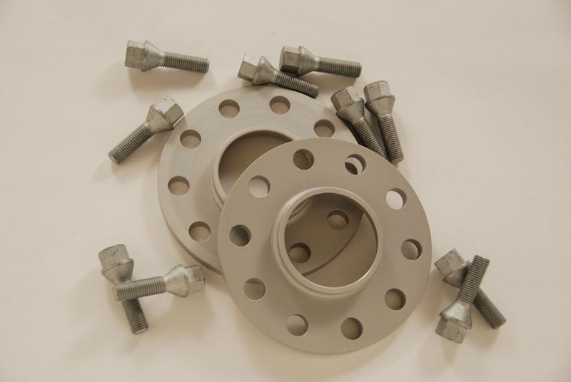 H&R製15mmホイールスペーサー(ロングボルト付き)