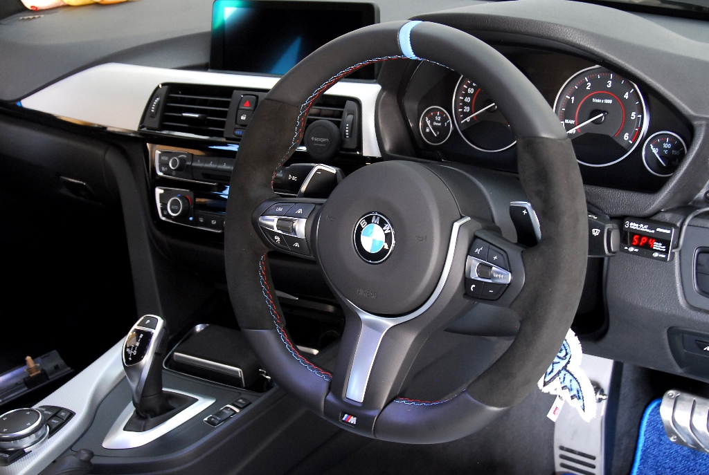 BMW M Performanceステアリング For BMW F87/M2