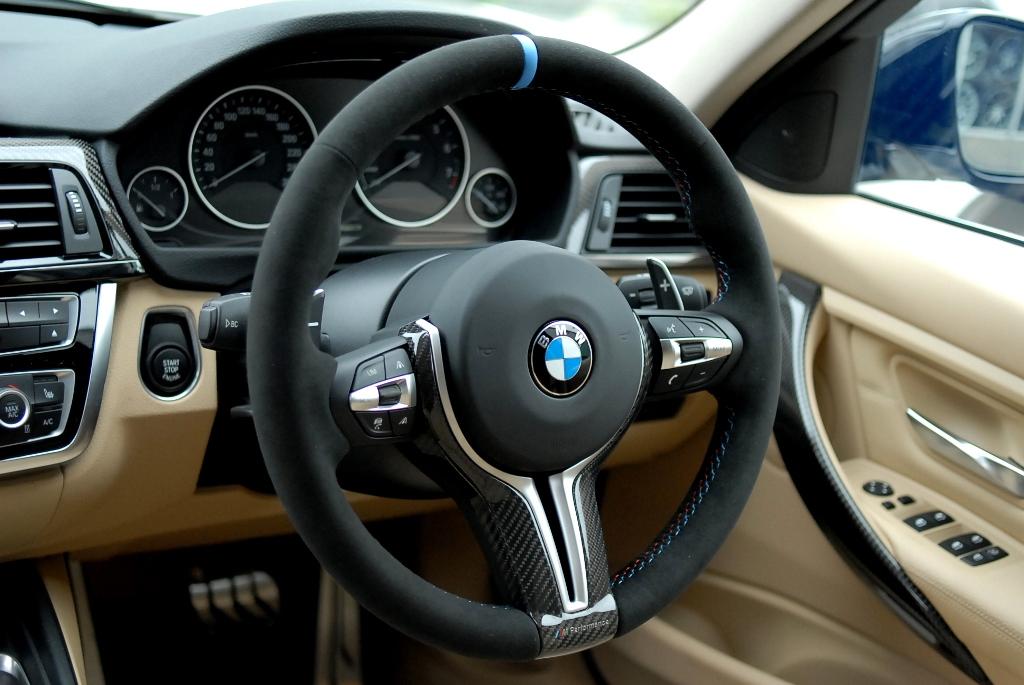 BMW M Performanceステアリング For BMW F82/M4 F80/M3