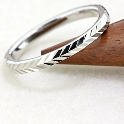 期間限定 店内全品ポイント10倍 結婚指輪 マリッジリング プラチナ 送料無料 2mm幅 ペアリング カップル ペア カットリング カットライン 指輪 地金リング レディース リング プラチナ Pt 重ねづけ リング