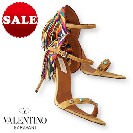 【定価152,900円(税込)】Valentino Garavani ヴァレンティノガラヴァーニ 確かな品格を放つ端正な佇まい! 鮮やかなフリンジが女性らしい華やかな雰囲気を演出してくれるオープントゥレザーサンダル イタリア製 靴 MW2S0B75 35 36 37 38 39 レディース 0508