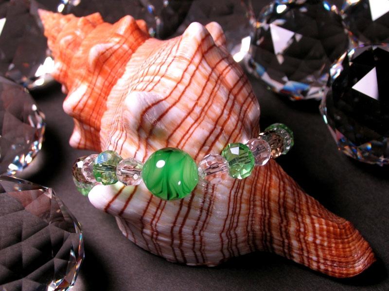 Japanese Lampwork Glass Beads Stretchy Bracelet Green StudioWAZA