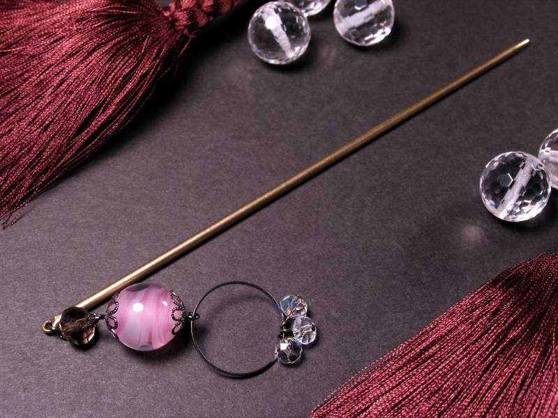 Japanese Lampwork Glass Bead Long Hairpin Pink 14.5cm (5.7inch) Kanzashi StudioWAZA