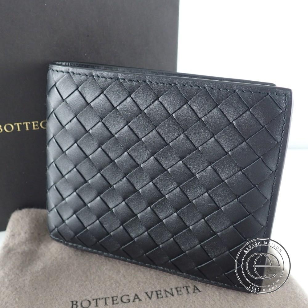 BOTTEGA VENETAボッテガヴェネタ イントレチャート 二つ折り財布(小銭入れあり)ブラック メンズ 【中古】