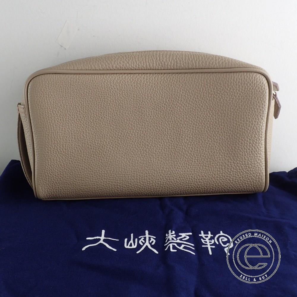 大峡製鞄 レザー ハンディポーチ/セカンドバッグ グレージュ【中古】