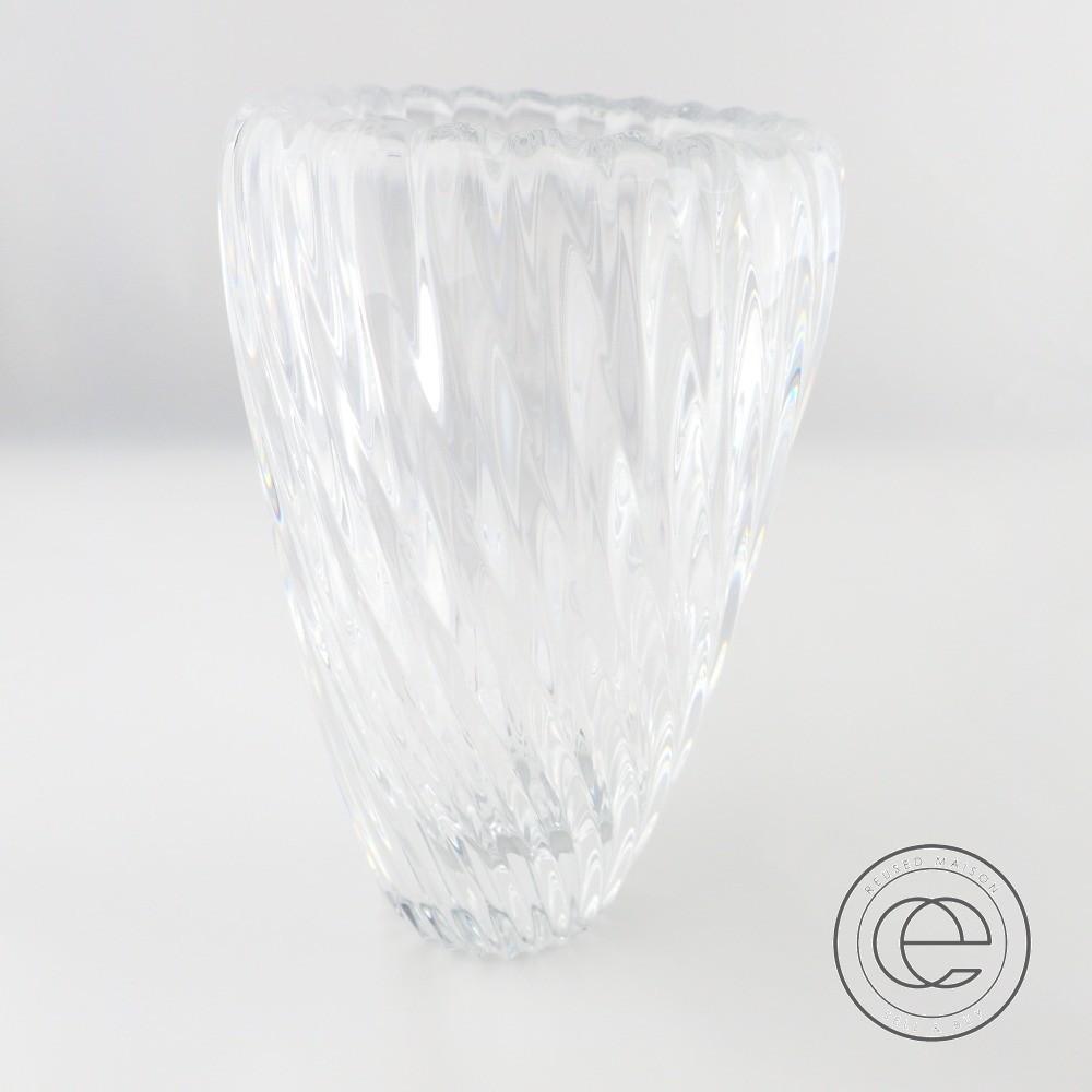 Baccaratバカラ 新品◇SURF VASEサーフベース 150 クリスタル フラワーベース/花瓶 クリア 【中古】