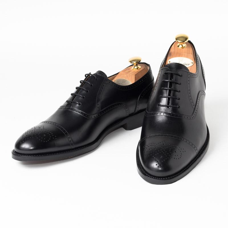 Cordwainer | コードウェイナー CALVERT ビジネスシューズ ビジネス 小さいサイズ 大きいサイズ 本革 皮靴 靴 内羽根 通気性 送料無料 交換無料 グッドイヤーウェルト 黒 ブラック ブラックボックスカーフ×レザーソール セミブローグ メンズ ストレートチップ