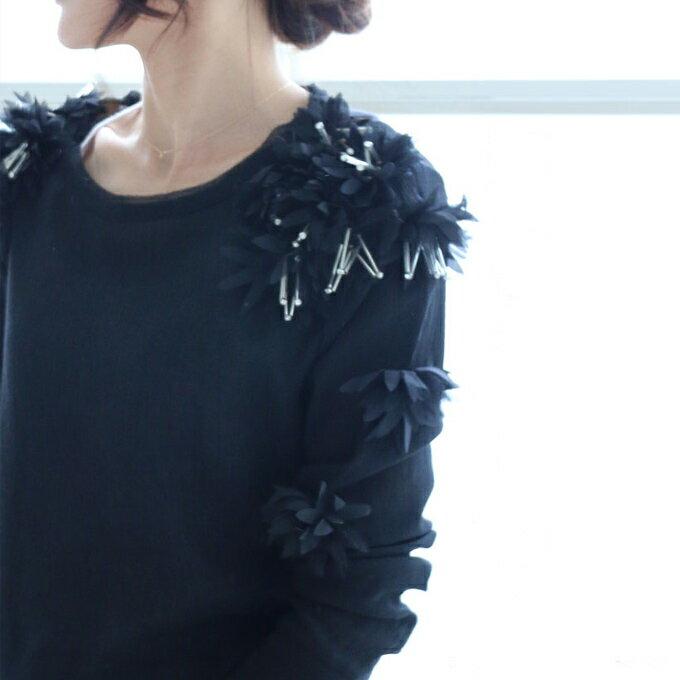 「styleluxe」(ブラック)可憐な花モチーフで女性らしく、美しく。【F170513】薄手/レース/ビーズ/華奢
