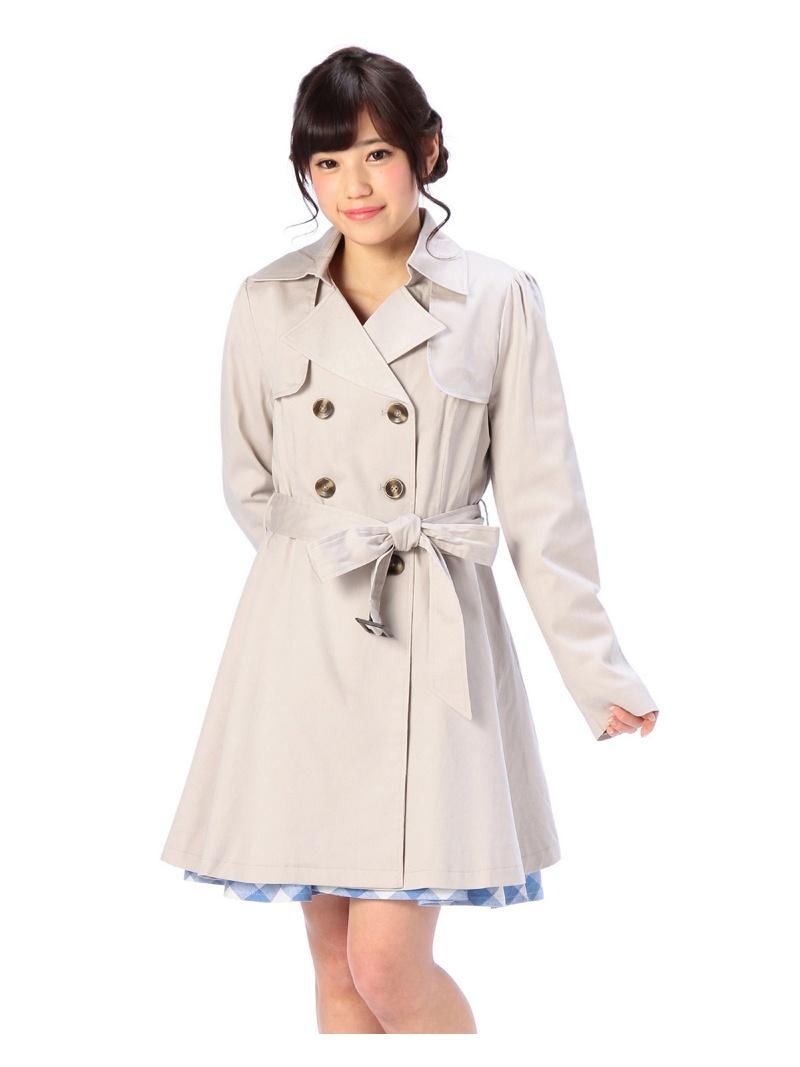 莉兹外套 / 夹克、 风衣和连衣裙 LIZ LISA