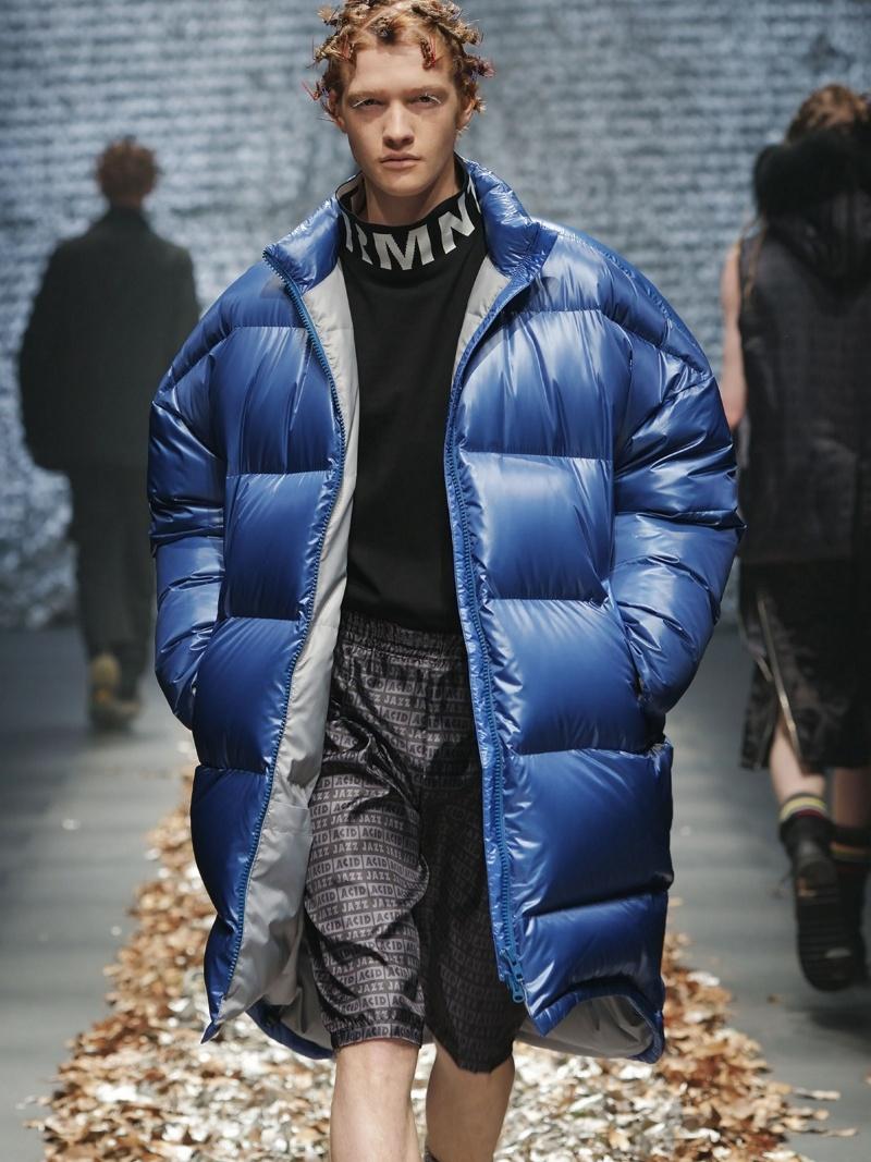 DISCOVERED BIG DOWN COAT ディスカバード コート/ジャケット ダウンジャケット ブルー ブラック【送料無料】