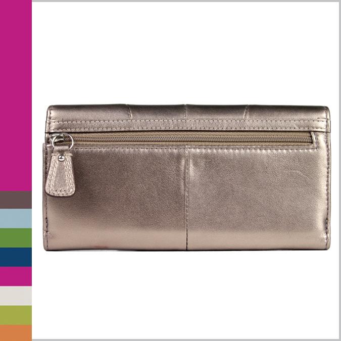 Soho 皮革扣在苗条信封钱包 [卖出] 教练教练 F45622 的钱包里 [青铜] [定期奥特莱斯]